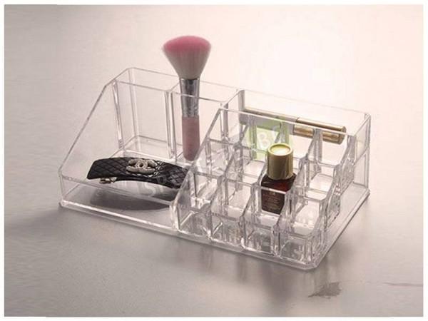 Практичен органайзер за козметика и бижута