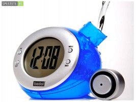 Еко часовник с вода