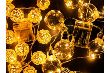Коледни лампички крушки на батерии