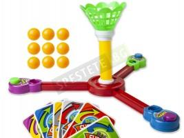 Детска занимателна игра с топчета