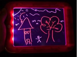 Светеща дъска за рисуване и писане